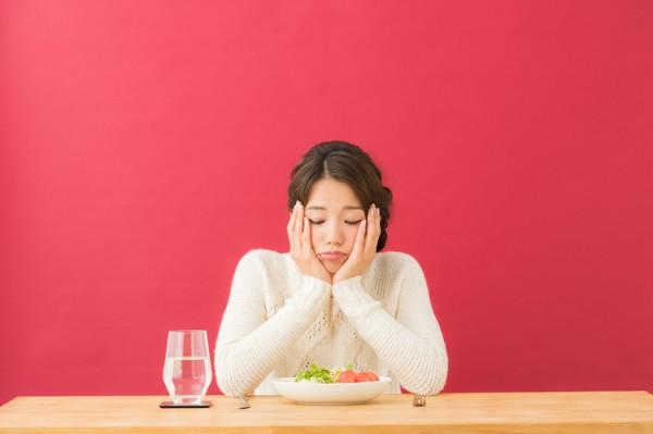 食欲のない更年期の女性